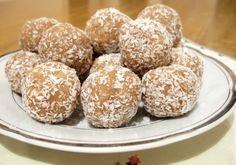 Бисквитени топчета без печене