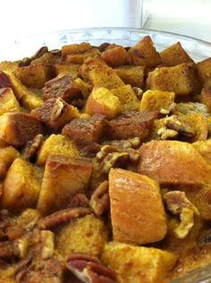 One of the most perfect fall desserts, a pumpkin challah bread pudding! Fall Desserts, Delicious Desserts, Challah Bread Pudding, Brunch Recipes, Dessert Recipes, Cooking For A Crowd, Puddings, Yummy Cakes, Sweet Stuff
