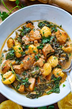 Chicken Gnocchi in a Creamy Lemon and Caper Sauce Best Chicken Recipes, Pasta Recipes, Dinner Recipes, Dinner Ideas, Chicken Gnocchi, Kung Pao Chicken, Pickle Relish, Dumpling, Entrees