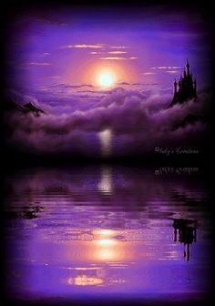 everyday a different color, beautiful gifs, soft goth, nature. images that I like and attract my attention. I hope you'll find images here for your taste too. Purple Sunset, Purple Art, Purple Love, All Things Purple, Shades Of Purple, Purple Stuff, Beau Gif, Beautiful Moon, Purple Reign