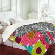 awesome furnishings <3 creative contrast of white & flora