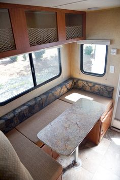 Travel Lite 625 truck camper - dinette that turns into a bed, http://www.truckcampermagazine.com/camper-reviews/2016-travel-lite-625-super-lite-review/