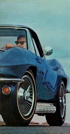 Chevy Corvette Z06, Corvette History, Classic Corvette, Chevy Impala, Sport Cars, Cool Cars, Classic Cars, Stingrays, Cars