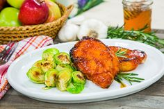 Mouth-watering and tender Honey Pineapple Pork Chops by Chef and author Jernard Wells! Tune in to Home & Family weekdays at on Hallmark Channel! Grilling Recipes, Pork Recipes, Cooking Recipes, Healthy Recipes, Yummy Recipes, Savoury Dishes, Food Dishes, Main Dishes, Side Dishes