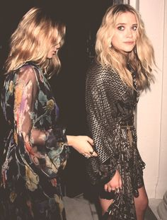 Happy Birthday to the gorgeous Mary-Kate and Ashley Olsen The moguls, designers, and style icons turn 30 years old today Mary Kate Ashley, Mary Kate Olsen, Ashley Olsen, Pretty People, Beautiful People, Beautiful Images, Olsen Twins Style, Looks Party, Looks Street Style