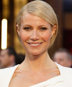 Oscar 2012: Best Hairstyles are selected and collected for you here in this page, click to check them all.