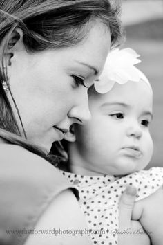 family photography mommy and daughter 6 month photography outdoor family portraits