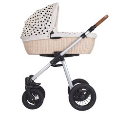 Retro Kinderwagen von AngelCab (@myangelcab) made in Germany Prams, Kids And Parenting, Little Ones, Baby Strollers, Diy And Crafts, Pregnancy, Maternity, How Are You Feeling, Children
