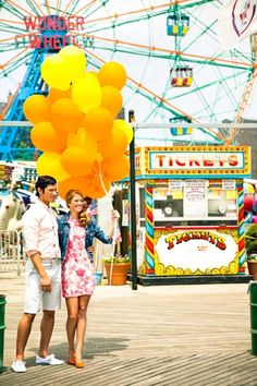 Super cute. I have always wanted to go on a carnival date!!!