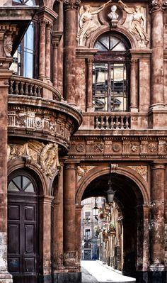 © Francesca De Paola, all rights reserved Catania, Sicilia. Italy