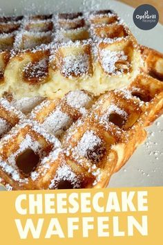 American Cheesecake Waffeln American Cheesecake is now on the Dessert menu at many restaurants and now you can bring home the delicious taste of American Waffle-style cheesecake. The American cheesecake waffles are super juicy and a great dessert! Desserts Menu, Great Desserts, Dessert Recipes, Dessert Restaurants, Waffle Desserts, Dessert Blog, Food Cakes, Cheesecake Americano, Brunch Recipes