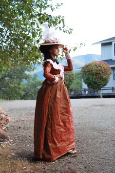 Reproduction 1790's gaulle dress in silk/poly taffeta blend.