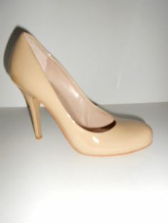 Women's Vince Camuto Nude Beige Patent Leather Round Toe Pumps ...