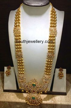 Gold Haram with CZ Stones Pendant - Indian Jewellery Designs Indian Jewellery Design, Latest Jewellery, Indian Jewelry, Jewelry Design, Designer Jewellery, Sutra, Gold Jewelry Simple, Trendy Jewelry, Jewelry Model