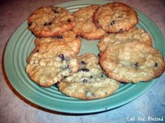 Call Her Blessed: Country Oatmeal Chocolate Chip Cookies I had a recipe for choc chip oatmeal cookies & loved it. Gotta try this one.....