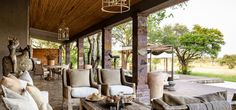 Singita Serengeti House is known for its luxury and exclusivity. The safari lodge at the Grumeti Reserves in Tanzania is inspired by European & African designs. Bali, Ibiza, Safari, Beautiful Hotels, Amazing Hotels, Amazing Places, Serengeti National Park, 2020 Design, Interior Exterior