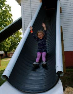 Slides provide hours of entertainment for children but are expensive to buy pre made. Learn what materials make a safe playground surface. Cheap Slide Idea Diy Playground How to build a diy playground playset view… Kids Outdoor Play, Kids Play Area, Backyard For Kids, Backyard Projects, Outdoor Projects, Outdoor Fun, Garden Kids, Outdoor Toys, Backyard Ideas