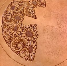 Leather Carving, Leather Art, Tooled Leather, Leather Design, Style Patterns, Craft Patterns, Leather Tooling Patterns, Leather Projects, Saddles