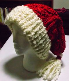The Loom Muse : How to Loom Knit a Cabled Santa Hat