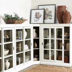 Built In Shelves Living Room, Living Room Bookcase, My Living Room, Living Room Decor, Home Office Design, House Design, Built In Bookcase, Bookcases, Ballard Designs