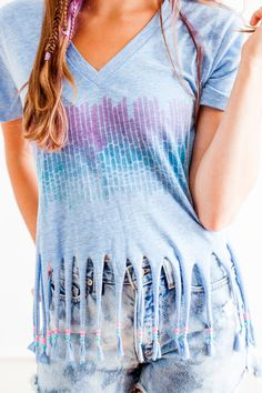 Learn how to dye, bead, and fringe your tee with this tutorial.