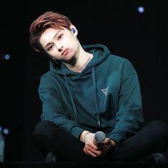 """"""" the innocence Woozi, Wonwoo, Jeonghan, Jackie Chan, Seventeen Junhui, Hip Hop, Wen Junhui, Seventeen Debut, Seventeen Memes"""