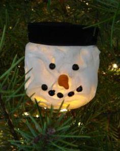 Baby food jar Christmas lights, and many more uses of baby food jars