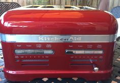 KitchenAid Candy Apple Red Pro Line Toaster for sale online Red 4 Slice Toaster, Candy Apple Red, Pearl White, Frozen, Kitchen Appliances, Kitchenaid, Ebay, Diy Kitchen Appliances, Home Appliances