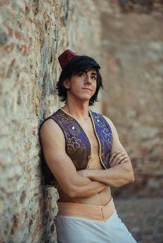 Best Aladdin cosplay I've seen!