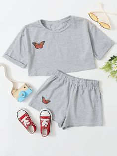 Crop Top Outfits, Cute Casual Outfits, Summer Outfits, Girl Outfits, Cute Pajama Sets, Cute Pajamas, Girls Fashion Clothes, Fashion Outfits, Cute Sleepwear