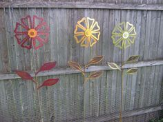 Yard Art Ideas From Junk | ... Yard Stake, Wild Flower, Metal Garden Art, Sculptured Metal Yard Art