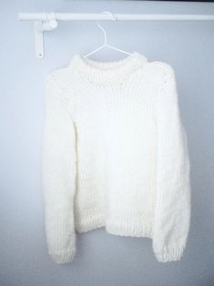 DIY: OHJE HELPPOON VILLAPAITAAN x 2 | Fashion Statement Pullover, The Originals, Knitting, Sweaters, Jackets, Diy, Fashion, Backgrounds, Down Jackets