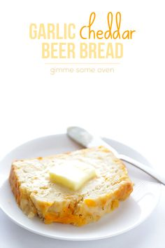 Garlic Cheddar Beer Bread - Gimme Some Oven