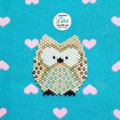 Cutest owl from miyuki beads Peyote Stitch Patterns, Seed Bead Patterns, Loom Patterns, Beading Patterns, Bead Embroidery Jewelry, Beaded Jewelry Patterns, Beaded Embroidery, Motifs Perler, Beaded Banners