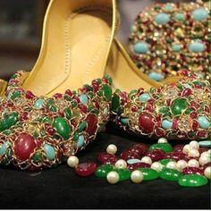 Ideas For Fashion Nova Heels Shoes Frock Fashion, Fashion Shoes, Fashion Accessories, Shoes Flats Sandals, Shoe Boots, Flat Sandals, Indian Shoes, Bridal Sandals, Fancy Shoes