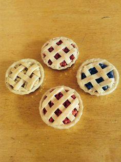 diy-polymer-clay-pies-1