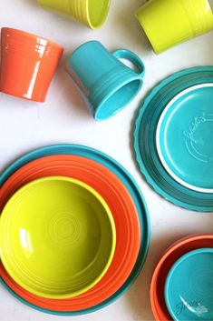 Fiesta Dinnerware color combos: Lemongrass, Poppy, Turquoise, on the blog at www.alwaysfestive.com