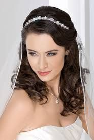 wedding headband with veil and straight hair down - Google Search