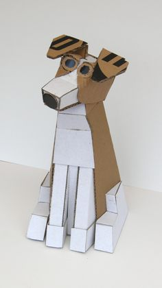 """Cardboard Artists and their Sculptures – Packard"""" Cart³n Reciclado Fab 2013 Cardboard Cardboard City, Cardboard Animals, Cardboard Sculpture, Fish Sculpture, Cardboard Crafts, Paper Crafts, Animal Sculptures, Recycled Art, Paper Toys"""