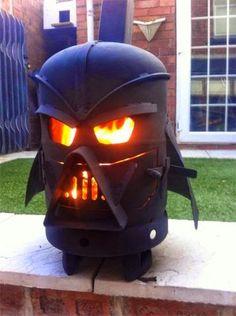 Botijão de gás vira churrasqueira em forma de Darth Vader http://abr.ai/1pNH96d