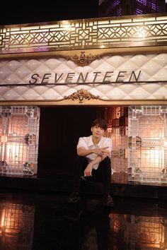 Seventeen Wonwoo, Seventeen Debut, Woozi, Jeonghan, Won Woo, Seventeen Wallpapers, Meanie, Pledis 17, Kpop