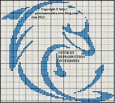 Dauphin-bleu.jpg, Monochrome Dolphin