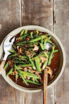 Stir-Fried Asparagus with Shiitakes and Sesame Seeds (use veggie broth)