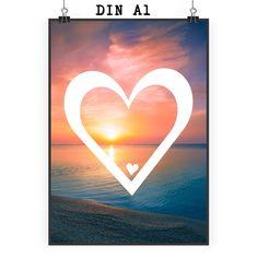 Poster DIN A1 Herz aus Papier 160 Gramm  weiß - Das Original von Mr. & Mrs. Panda.  Jedes wunderschöne Motiv auf unseren Postern aus dem Hause Mr. & Mrs. Panda wird mit viel Liebe von Mrs. Panda handgezeichnet und entworfen.  Unsere Poster werden mit sehr hochwertigen Tinten gedruckt und sind 40 Jahre UV-Lichtbeständig und auch für Kinderzimmer absolut unbedenklich. Dein Poster wird sicher verpackt per Post geliefert.    Über unser Motiv Herz  Wir haben etwas auf dem Herzen, können jemanden…