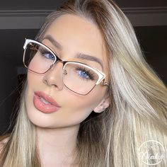 Glasses Trends, Fashion Eye Glasses, Womens Glasses, Eyeglasses, Eyewear, Girl Fashion, Hair Beauty, Veronica, Tumbler
