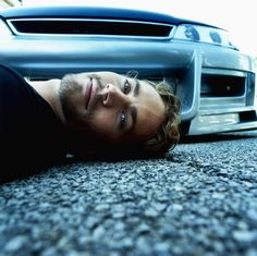 Paul Walker Dead In Car Accident Crash with his friend. Paul Walker Is No More (It's Confirmed). Fast & Furious actor Paul Walker passed away. Paul Walker Fotos, Paul Walker Mort, Paul Walker Poster, Paul Walker Dead, Paul Walker Young, Cody Walker, Fast And Furious, Gorgeous Men, Beautiful People