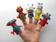 $18  Felt robot finger puppets set of 5 Robot by Rainbowsmileshop