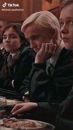 Oliver Wood Harry Potter, Harry Potter Artwork, Harry Potter Draco Malfoy, Harry Potter Images, Harry Potter Jokes, Harry Potter Fandom, Harry Potter Characters, Harry Potter World, Tom Felton