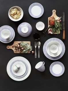 Blue trend in home decor | Blue tableware