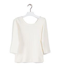 T-shirt TE herringbone - Trui gemaakt van een stretchkwaliteit met een vissengraat structuur. De trui heeft een opgevulde ronde hals en ¾ mouwen.